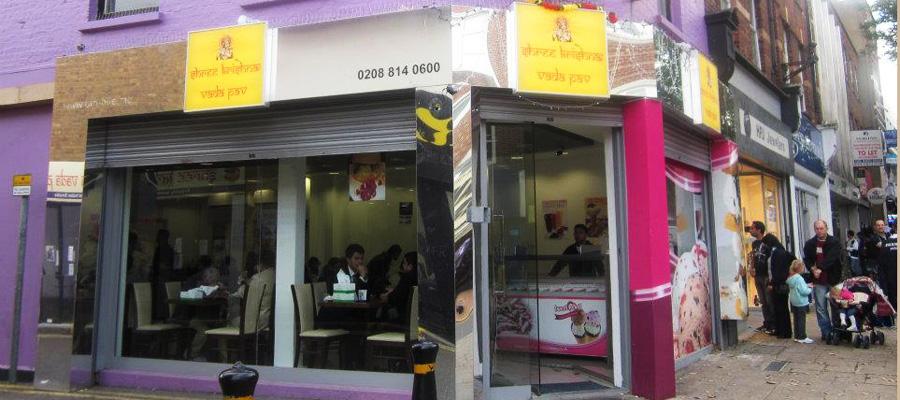 shop-front-900x400